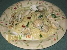 Linguine with shellfish 13 Incredibly Authentic Italian Pasta Recipes That You Should Make NOW! Italian Pasta Recipes Authentic, Italian Pasta Dishes, Italian Dinner Recipes, Pasta Puttanesca, Clam Pasta, Seafood Pasta, Basic Pasta Recipe, Best Pasta Recipes, Kitchens