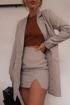 Fashion Inspiration And Trend Outfits For Casual Look - Looking for Outfit Inspiration, Outfits Of The Day, Casual Fashion Style? Business Casual Outfits, Professional Outfits, Cute Casual Outfits, Stylish Outfits, Formal Outfits, Business Dresses, Business Fashion, Teen Fashion Outfits, Look Fashion