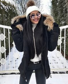 Discover recipes, home ideas, style inspiration and other ideas to try. Korean Winter Outfits, Casual Winter Outfits, Winter Fashion Outfits, Autumn Winter Fashion, Fall Outfits, Cute Outfits, Winter Fits, Winter Looks, Winter Wear
