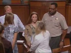 Judge Judy: White Trash at its best! Judith Sheindlin, Tv Judges, Here Comes The Judge, Judge Judy, Tv Actors, Read Later, Family History, Best Funny Pictures, Presidents
