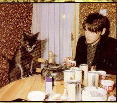 Paul Weller with black cat