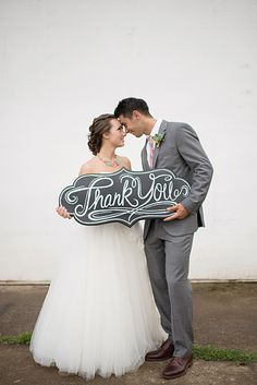 DIY chalkboard thank you sign - tips for making your own chalkboard signs