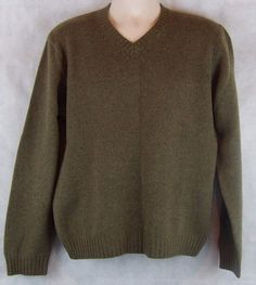 J Crew Sweater Green V Neck 100% Wool Size Medium  #JCrew #VNeck