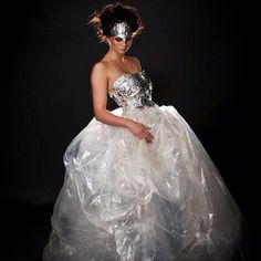 Brudekjole laget av Amanda og Rakel. ♻ Hattrem foto, Ingelin berg #bride #plastic #aluminum foil #reuse Ball Gowns, Formal Dresses, Instagram, Fashion, Ball Gown Dresses, Moda, Formal Gowns, La Mode, Ball Dresses