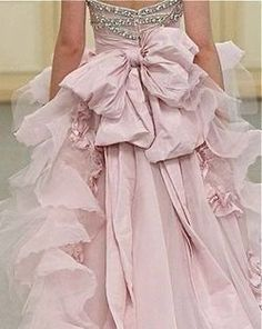 When I marry Jared Leto I am going to wear this, Gorgeous pink wedding gown