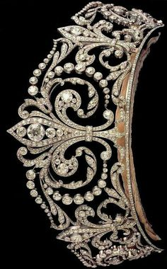 Fleur de Lys Tiara with diamonds set in platinum made by Ansorena in 1906 and features the symbol of the House of Bourbon.