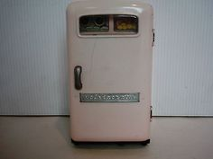 Vintage Battery Operated 1950's Litho Pink Refrigerator Tin Toy