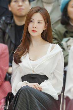 Snsd Fashion, Seoul Fashion, Snsd Yuri, Taeyeon Jessica, Young Kim, K Idol, Seohyun, Korean Model, Korean Actresses