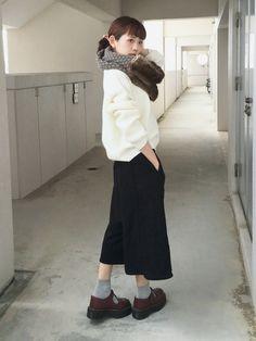 浅倉 まいさんのストール/スヌード「Another Edition ■KIKOフェイクファーコンビスヌード/KIKO FLFUR CMB SND」を使ったコーディネート