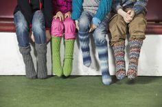 Strikk tubesokker til hele familien. Har du aldri strikket sokker før? Da vil vi anbefale deg om å prøve deg på tubesokker, elller spiralsokker som de også kalles. Med disse smarte modellene trenger du ikke å bekymre deg for det litt vanskelige hælpartiet.