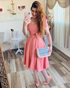 Cute Skirt Outfits, Cute Skirts, Modest Outfits, Modest Fashion, Fashion Dresses, Jw Moda, Quince Dresses, Church Outfits, Stylish Tops