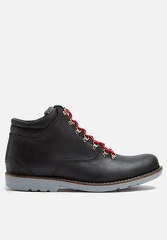 Basicthread Tinashe Leather Boot Black