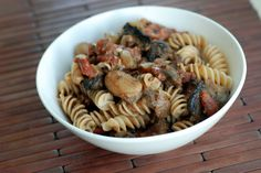 Creamy Mushroom Tomato Pasta #vegan