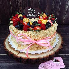 Наш Наполеон с кремом-брюле😋😋😋пальчики оближешь🍦 #foodbookcake