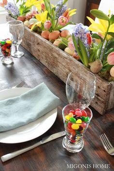 DIY Pallet Flower Box for Easter or Spring Centerpiece...tutorial