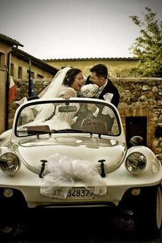 Siena#toscana#TUSCANY#wedding# certosadipontignano#weddingcar Siena, Tuscany, Wedding Planner, Style, Wedding Planer, Swag, Tuscany Italy, Wedding Planners, Outfits