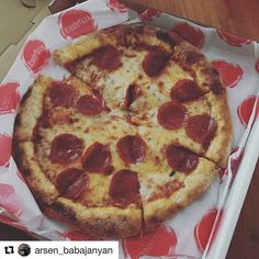 #Repost @arsen_babajanyan with @repostapp  Even their classic pepperoni tastes delicious . Best pizza place in town #pizza#kreate#foodcoma#glendale#burbank#cravings @kreatepizza