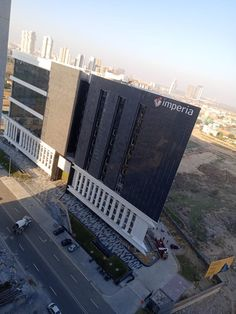 Imperia Structures Ltd an ISO company and one of the leading real estate developers in Delhi NCR with pan North India presence serving the real estate industry for over two and a half decade. Space Food, North India, Smart City, Real Estate Development, Food Court, Delhi Ncr, Retail Shop, Golf Courses, Construction