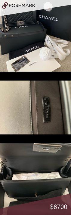 0d443a5f2b30fa 2019 Chanel Le Boy Bag New medium calfskin Chanel Le Boy bag Measurements:  11x7.