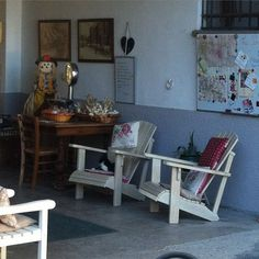 At La Pomera agriturismo in the hill of Monferrato, you will find a wonderful place to sit! Brought to you by Fior Di Legno Falegnameria.