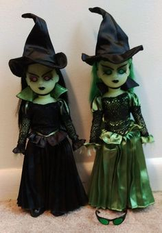 Living Dead Dolls The Lost in Oz Witch and Variant set #Dolls