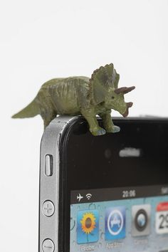 Jurassic Charm. #urbanoutfitters #iphone