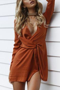 Orange Knot Waistline Long-Sleeve Dress