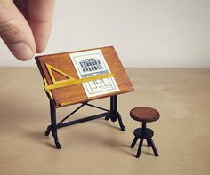 Image via Architecture Of Tiny Distinction Melbourne-based craftswoman Emily Boutard used to be a corporate lawyer, but quit her job to. Miniature Furniture, Doll Furniture, Dollhouse Furniture, Furniture Vintage, Vitrine Miniature, Miniature Dolls, Diy Dollhouse, Dollhouse Miniatures, Birthday Gifts For Grandma
