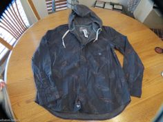 Men's Modern Amusement button up shirt CROW RARE long sleeve hoodie Feathers M