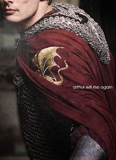 Bradley James as King Arthur in Merlin the once & future king II Colin Morgan, Bradley James, Smallville, Narnia, Moda Medieval, Medieval Times, Merlin Fandom, I Will Protect You, Merlin And Arthur
