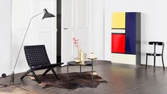We celebrate a design classic - our wardrobe Mondrian was the very first piece of furniture to be included in the Röthlisberger Kollektion. Piet Mondrian, Bauhaus, Floating Cabinets, Sideboard Cabinet, Floor Chair, Furniture Design, Home And Garden, Contemporary, Living Room Ideas