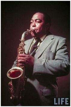 Charlie Bird Parker History Of Jazz Harlem renaissance Jazz Artists, Jazz Musicians, Music Artists, Bird Parker, Charlie Parker Bird, Kansas City, Cool Jazz, Ella Fitzgerald, All That Jazz