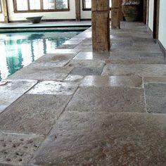 Beautiful old stpe deck - Francois & Co | Reclaimed Stone Flooring | Dalle de Bourgogne | Jerusalem Limestone