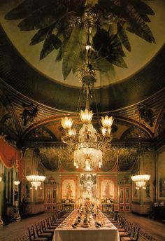 The Banqueting Room - The Royal Pavilion - Brighton - England - - - A Royal Residence. Went here...freakishly beautiful.