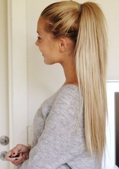 blonde • ponytail • easy • hairdo • hairstyle • teen • fashion • style • gray sweater weather