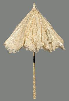 French white lace parasol, 1872. Courtesy of the MFA, Boston.