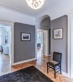 Which color for the hallway - interior design examples Interior Design Examples, Grey Interior Design, Flur Design, Hallway Walls, Hallway Designs, Hallway Ideas, White Apartment, Modern Hallway, Small Hallways