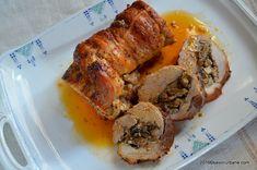 Muschi de porc umplut la cuptor - rulada cu ciuperci. O reteta festiva de friptura umpluta de porc, la tava. Cum se taie (decupeaza) carnea pentru rulada? Romanian Food, Pork Recipes, I Foods, Carne, Food And Drink, Dinner, Cooking, Knits, Kitchen