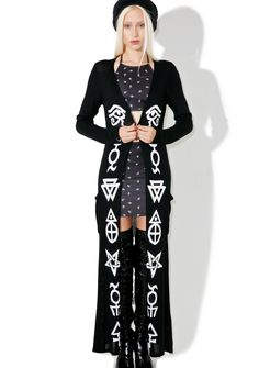 Killstar Space Dust Knit Cardigan will make tha planets align for ya, babe. This incredible full-length cardigan features a thin 'N flowy knit construction, bold white symbol imagery running down the front, and a vented back.