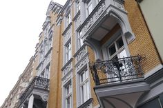 Podobny obraz Multi Story Building, Street View