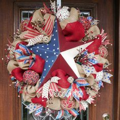 AMERICANA Burlap PATRIOTIC Wreath with a Large STAR by decoglitz