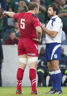 Alun Wyn Jones tries - without success - to persuade Steve Walsh not to award a penalty-try