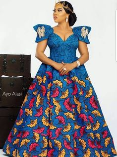 Great Latest African fashion clothing looks Tips 7546571004 African Maxi Dresses, Ankara Dress Styles, African Fashion Ankara, Latest African Fashion Dresses, African Dresses For Women, African Print Fashion, African Attire, African Outfits, Africa Fashion
