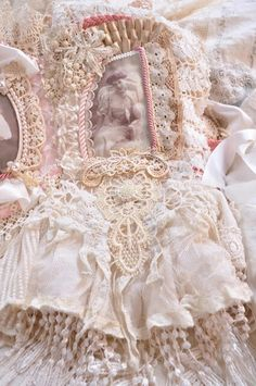 """Lace Book """"Crowning Glory"""" by Doni H at http://faithgracecrafts.blogspot.com"""