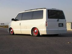 Astro Van, Chevy Van, Vanz, Cool Vans, Custom Vans, Slammed, Cars And Motorcycles, Vintage Cars, Safari