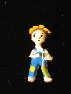 """Chomy Garces - 1"""" tall figurine Small Figurines, Miniature Figurines, Miniature Dollhouse, Fishing, Dolls, Artist, Animals, Fictional Characters, Vintage"""