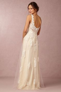 So simple and sweet. I love this dress. Comfortable and beautiful, delicate but not overdone.
