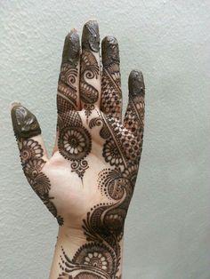 45 Striking Khafif mehndi designs collection for hands to try in 2019 Khafif Mehndi Design, Indian Mehndi Designs, Mehndi Designs For Girls, Mehndi Designs 2018, Mehndi Designs For Beginners, Mehndi Designs Book, Modern Mehndi Designs, Mehndi Designs For Fingers, Wedding Mehndi Designs