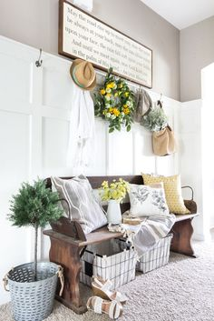 An in-depth list of do-it-yourself home improvement projects and budget decorating tips to add farmhouse character to a builder grade house (or any home). Foyer Decorating, Decorating Your Home, Diy Home Decor, Summer Decorating, Decorating Ideas, Decor Ideas, Diy Ideas, Farmhouse Style, Farmhouse Decor