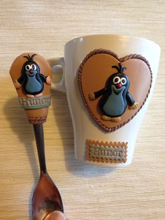 Krtek Clay Cup, Mole, Spoon Rest, Polymer Clay, Tableware, Clay Ideas, Spoons, Facebook, Cold Porcelain